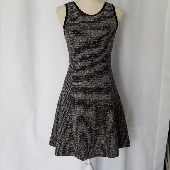 J. Crew Dresses & Skirts - J.Crew Black label dress Size 2